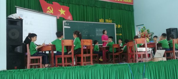 Hội giảng cấp huyện